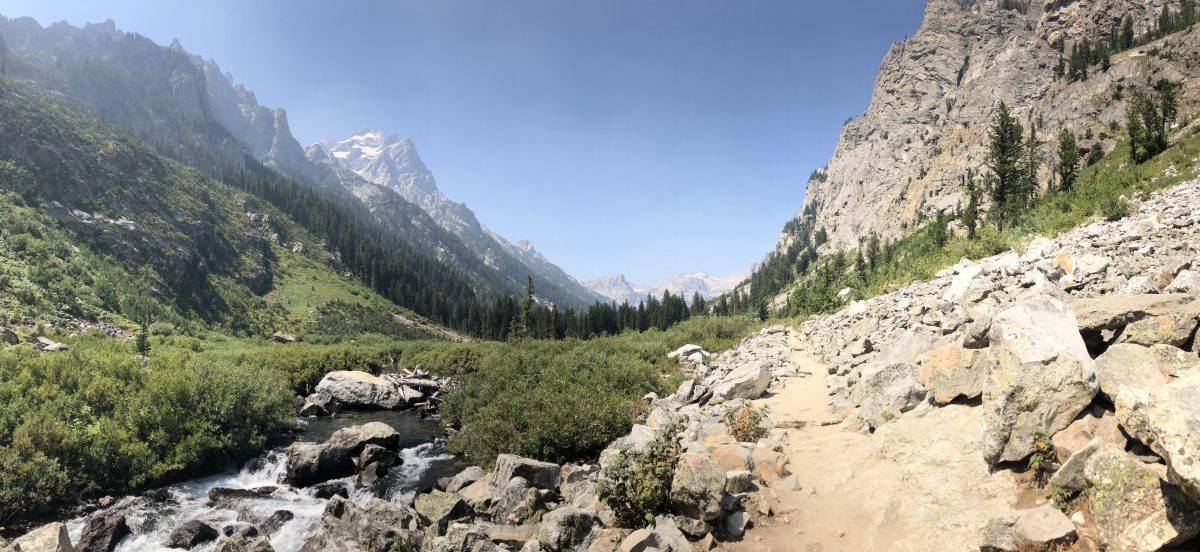 On the Cascade Canyon trail